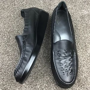 SAS Tripad Black Leather Loafer Wedged Shoes 9.5 S